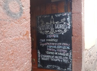 Hidden Gem – Breakfast Spot in Cusco with Homemade Yoghurt
